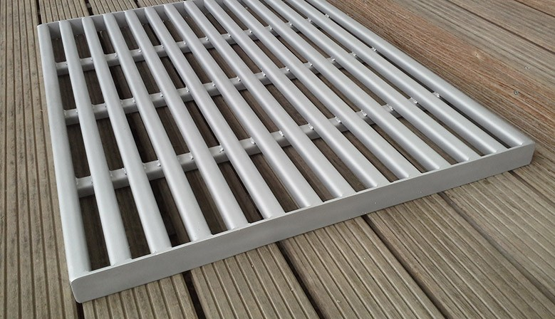 Stainless steel barn grid